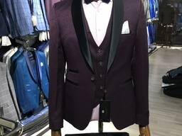 Мужские костюмы и пиджаки