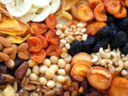Сухофрукты , орехи,