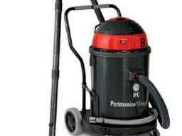 Профессиональный пылесос для сухой и влажной уборки на 62 л с 3 двигателями