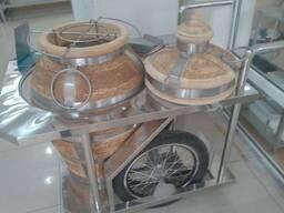 Тандыр-кувшин керамический на колесах