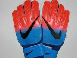 Вратарские перчатки от Sportmix