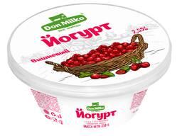Йогурт Вишня 2.5%